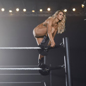 Charlotte Flair nackt
