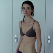 Charlotte Le Bon sexy