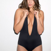 Chloe Bennet esquire