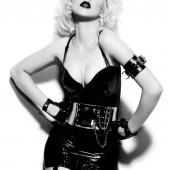 Christina Aguilera body