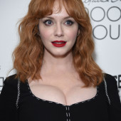 Christina Hendricks dekollete
