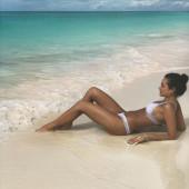 Christina Ochoa beach