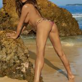 Christine Teigen leaked nudes
