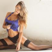 Cindy Prado braless