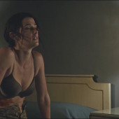 Cobie Smulders sexy scene