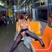 Cori Nadine fully naked