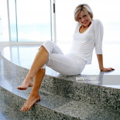 Courtney Thorne-Smith feet
