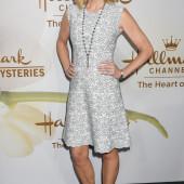 Courtney Thorne-Smith sexy