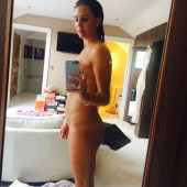 Dani llyod nude