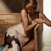 Dannii Minogue hot