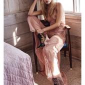 Daphne Groeneveld topless