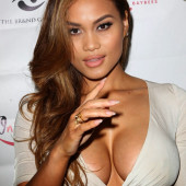 Daphne Joy cleavage