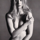 Deborah Ann Woll nacktfoto