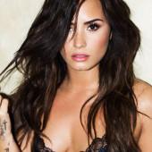 Demi Lovato oops