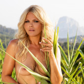 Diana Herold topless