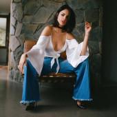 Eiza Gonzalez dekollete