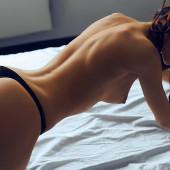 Ekaterina Zueva nacktfotos