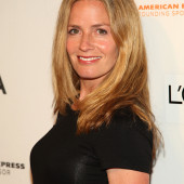 Elisabeth Shue see through