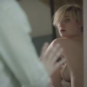 Elizabeth Debicki topless