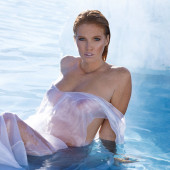 Elizabeth Ostrander sexy