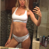 Elizabeth Turner leaked photos