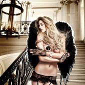 Elle Liberachi topless
