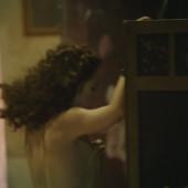 Emilia Schuele naked