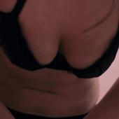 Emily Atack nackt szene