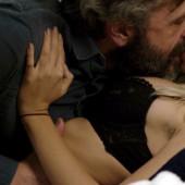 Emily Ratajkowski nude scene