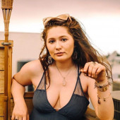 Emma Kenney cleavage