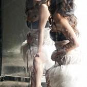 Emmanuelle Vaugier feet