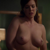 Erin Cummings nackt