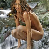 Erin McNaught nude