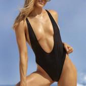 Eugenie Bouchard body