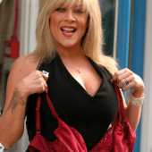 Samantha Fox