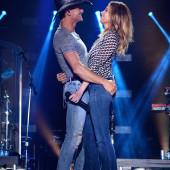 Faith Hill jeans