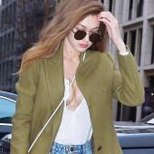 Gigi Hadid cleavage