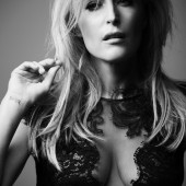 Gillian Anderson cleavage