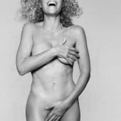 Gillian Anderson nude photo