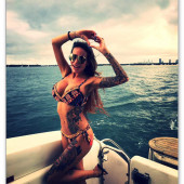 Gina-Lisa Lohfink bikini