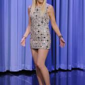 Gwen Stefani legs