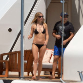 Gwyneth Paltrow body