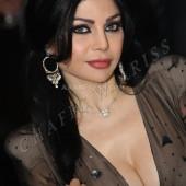 Haifa Wehbe cleavage