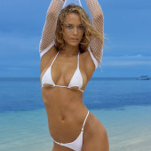 Hannah Ferguson bikini