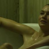 Hannah Gross naked