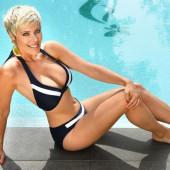 Hanne Troonbeeckx bikini
