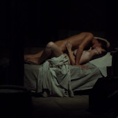 Hayley Atwell nackt scene