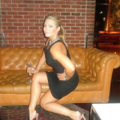Hayley McQueen legs