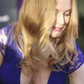 Heather Graham cleavage