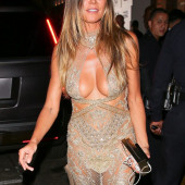 Heidi Klum cleavage